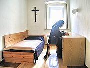 Carmelite Nun Meditation